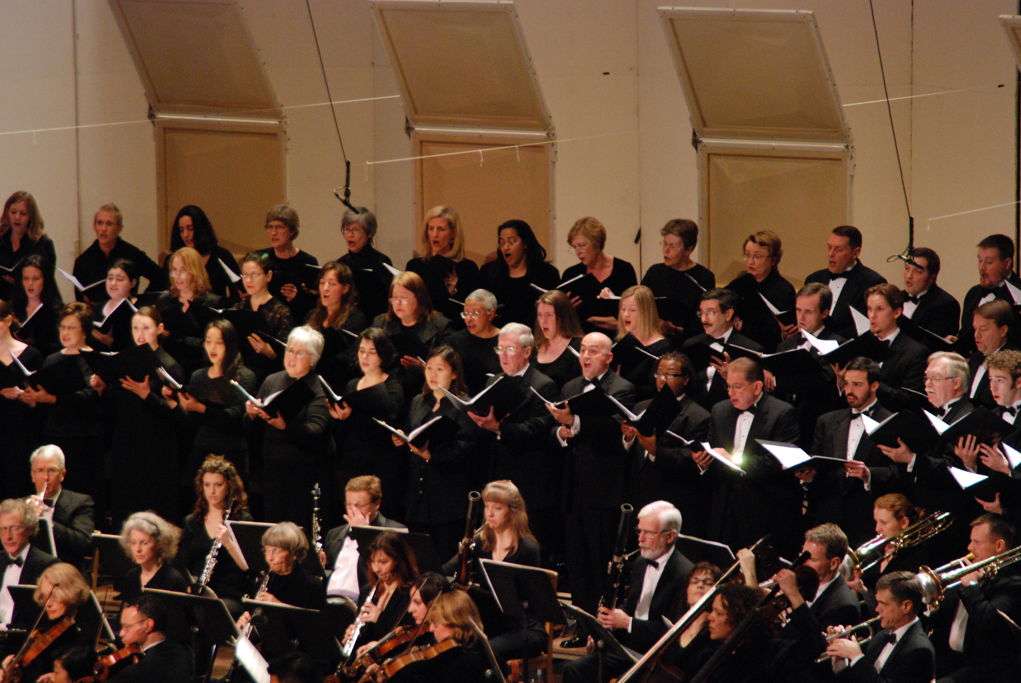 Handel Choir performs with Baltimore Chamber Orchestra